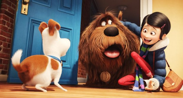 THE SECRET LIFE OF PETS, from left: Max (voice: Louis C.K.), Duke (voice: Eric Stonestreet), Katie
